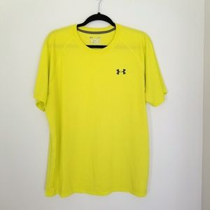 UNDER ARMOUR Yellow Athletic Shirt Size Large